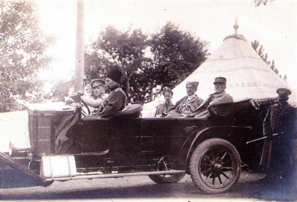Le Grand Duc Nicolas et le général Pau (mars 1915)