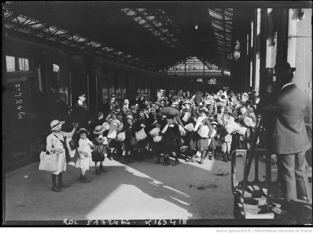 Départ de colonies de vacances en 1918